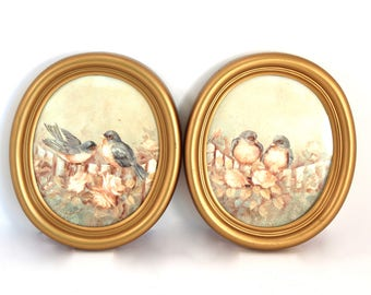 Pair of vintage oval picture frames by Homco - gold tone, brass tone, plastic, empty, two, set, perfect for silhouette art!