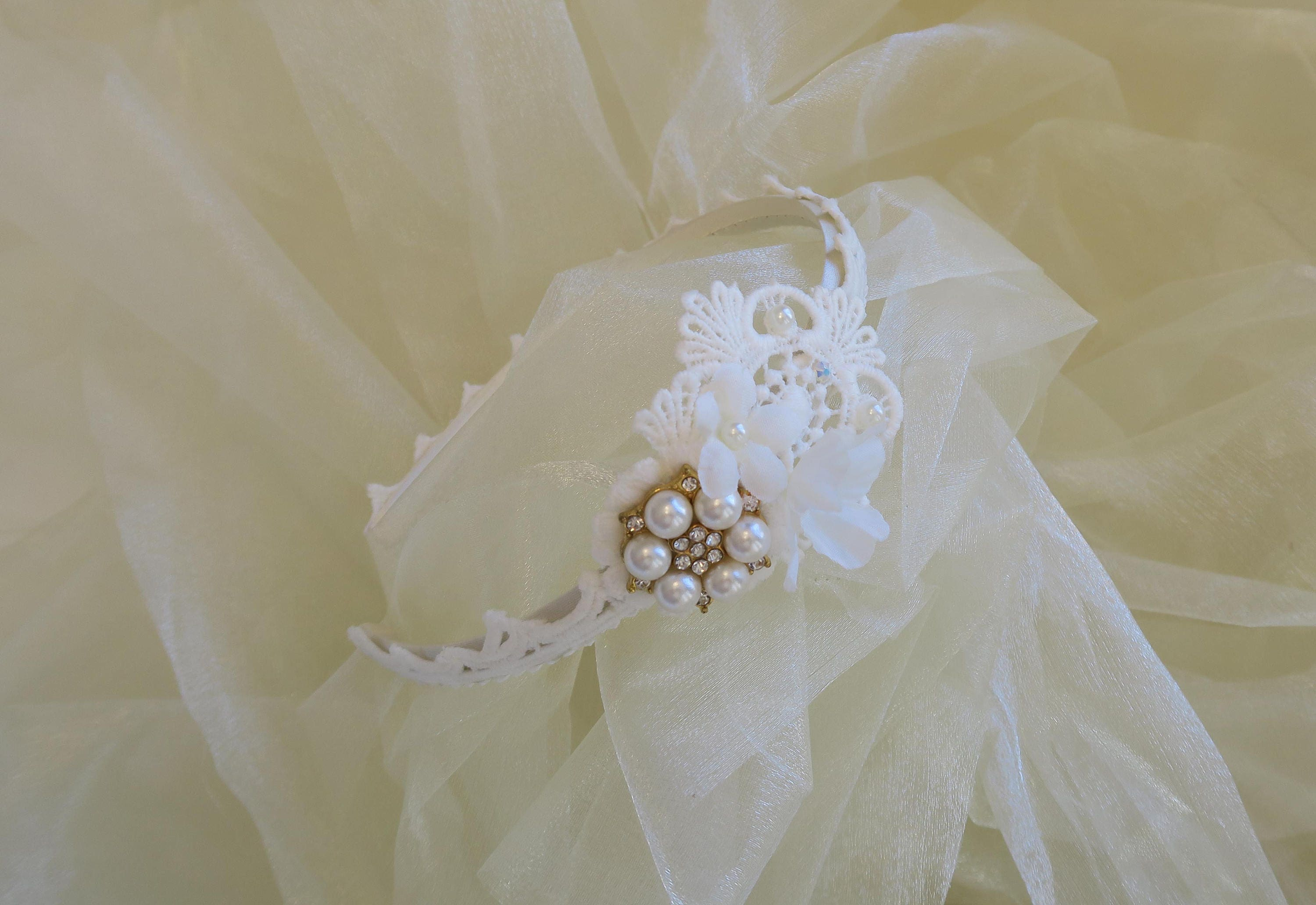 Lace Wedding Hedband Alice Band Tiara With White Flowers Acrylic
