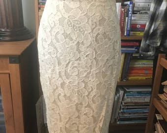 90's Farinae Collections Lace Pencil Skirt