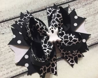 Halloween Ghost Hair Bow ,Halloween Hair Bow, Girls Hair Bow, Ghost Inspired Hair Bow, Ghost Hair Bow, Halloween Stacked Boutique Bow