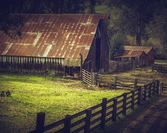 Barn Pictures Barn Photography Rustic Wall Decor Brown Barn Landscape Farmhouse Decor Country Decor Rustic Barn Green Brown Wall Art