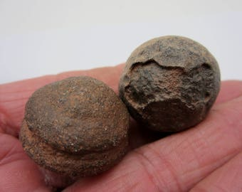 MOQUI MARBLE Pair Shaman Stone, Utah USA 46g