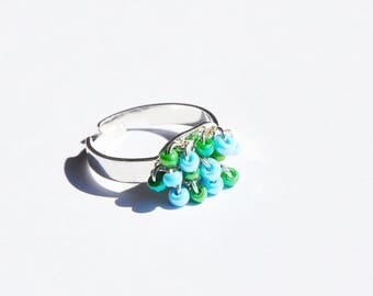 Ring adjustable silver metal and glass beads. LBC260416E