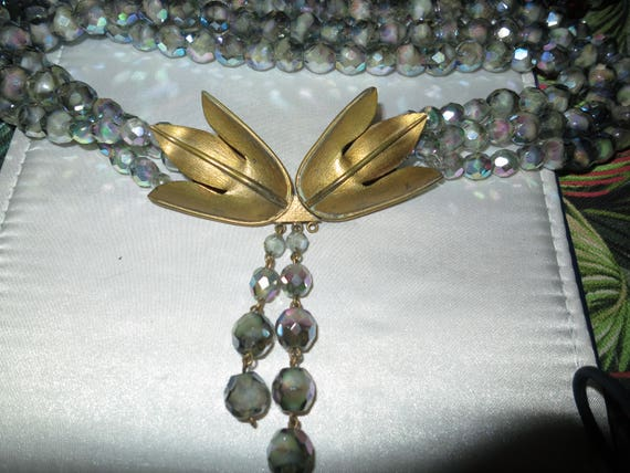 Beautiful vintage 1950s 3 strand faceted silver blue AB glass necklace