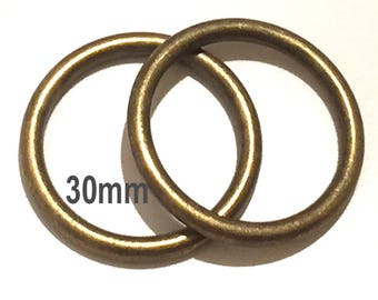 Large ANTIQUE BRASS o-rings 30mm ID / Purse Hardware / Antique Brass O Ring / Strap Hardware / O rings / 37mm Rings / Set of Two O Rings