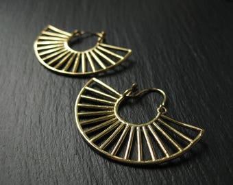 SUNRISE Tribal Brass Hoop Earrings . Modern Fan Flamenco Gypsy Urban Hippie Ethnic Jewelry . FREE SHIPPING in Canada . Zarishop