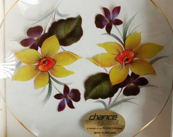 English Chance Fiestaware Springtime Fluted Edge 2 Plates set
