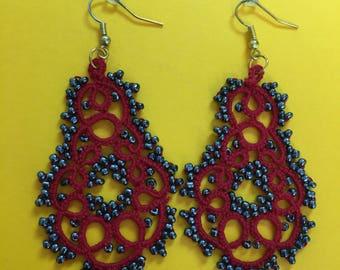 Handmade red tatting earrings, lace earrings, beaded tatting jewelry, filigree tatting jewelry, chandelier earrings