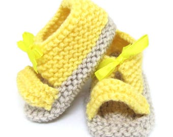Sandals for 3/4 month old baby yellow - yellow Spartans - baby shoes - baby booties - wool