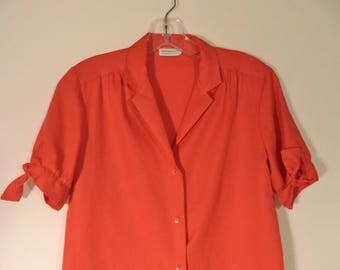 "LEVI Strauss "" Big E"" San Francisco CAL 70s blouse// Red tie short sleeve button down girlie shirt// Women's size medium M"