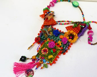 "necklace ""spring Frida Kahlo"" day of the dead"