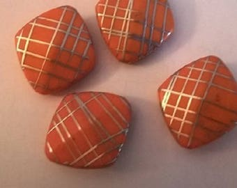 Set of 5 acrylic beads orange diamond-shaped