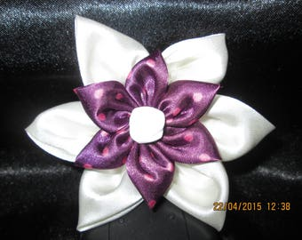 Pink polka dot with its purple and ivory satin flower Center rose white size 9 cm