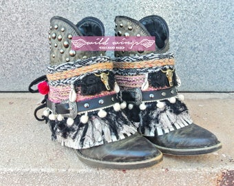 Ibiza Style Boot Cuffs,Boho boots,festival boots,boots cover fringe,bohemian boots,Hippie Bohéme Boho Style,Boho Gypsy boots,Bracelet Boots