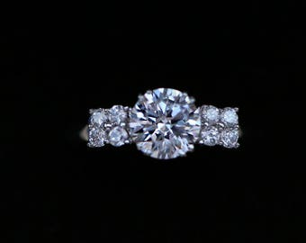 Ring in 9k 375 white gold set with brilliant diamond effect CZ size 7.75 2.25g