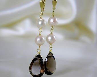 Zartcreme Rosé Akoya pearls with smoky quartz drop-cut 8 karat gold earrings or gold plated