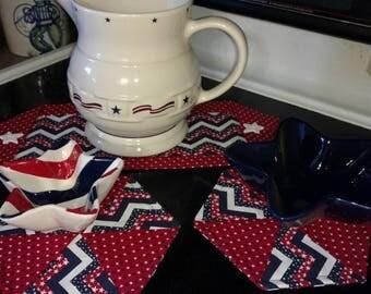 Mini table runner and mug rug set