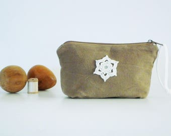 Cosmetic pouch, pouch toiletry bag Brown glazed star white crochet Bag Shop arch