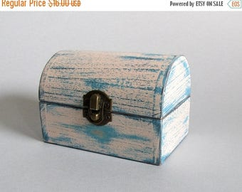 ON SALE Wooden Jewelry Box  Ladies Gift Box Jewelry Storage For her Wooden Box Wooden keepsake box  jewelry box Gifts box Distressed wood