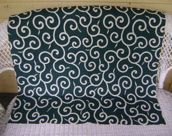 Vintage Furoshiki Fabric/White Arabesque Motifs on an Dark Green Background/Table Cloth, Wall Hangings, Craft Supplies