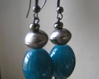 CHOICE 5 glass bead earring