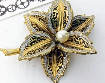 Vintage, Damascene, Toledo, flower pin, vintage pin, vintage Damascene pin, Damascene pin,  wedding jewelry, wedding pin, flower brooch, pin