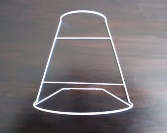 LAMPSHADE frame for applique half tapered