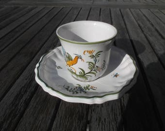 Moustiers Lallier: Cup and saucer signed, earthenware and painted decoration by hand, for collection - Lallier of Moustiers, in Provence
