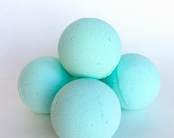 Eucalyptus+Mint Bath Bomb|Spa|Relaxation|Shea Butter|Mint|Eucalyptus|gift|him|her|Christmas|Birthday|Muscle Relief|Tension|Stress