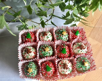 Christmas dog treats, gourmet dog treats, peanut butter dog treat, Pupcake, dog biscuit, holiday dog treats, Christmas treats, dog treats