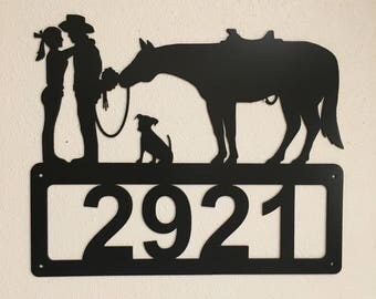 Kissing Couple Address Sign