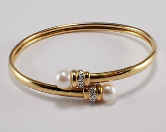 14k Yellow Gold Pearl and Diamond Bangle Bracelet