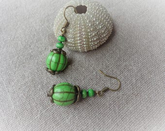 Bronze green support stone pumpkin earrings