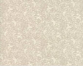 Snowberry - Cloud Natural - 44144 11 - Moda Fabrics - 100% Cotton Quilting Fabric by Holly Taylor