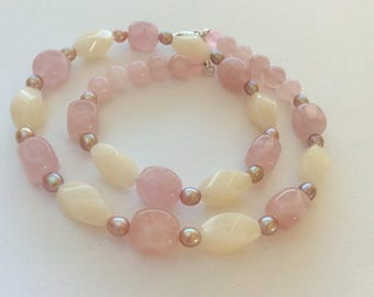 Rose Quartz, White Agate and Freshwater Pearl Gem Necklace