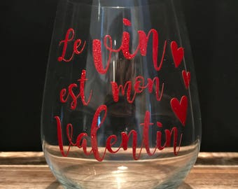 "Sticker ""wine is my Valentine"" 'Wine is my valentine' red glitter"