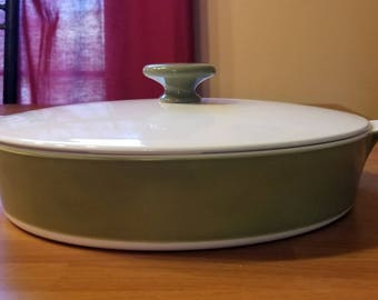 Vintage 1960s Corning ware Olive Green and White Casserole Dish with Lid,Corning Ware Casserole Dish with Lid, Mid-Century Green and White