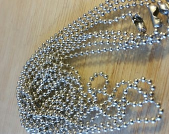 Set of two chains mesh ball