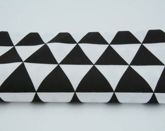 Fabric 100% cotton 50 x 160 cm, triangle Black 100% cotton on white fabric, fabric - 62 inches