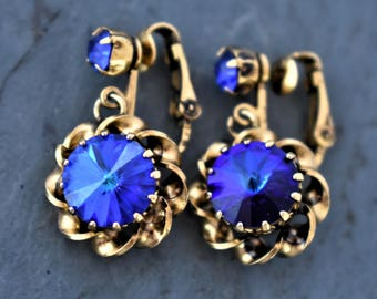 "Vintage Chunky Blue Rhinestone Dangle Drop Clip On Earrings Gold Tone Boho Chic Retro Costume Estate Jewelry 1"""