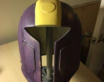 Clan Varad mandalorian helmet