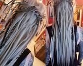 34 de dreads and braids, 2 se braids (with long loose ends)