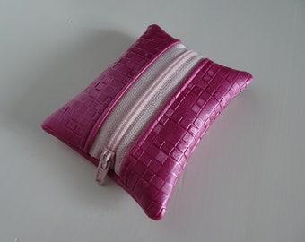 Pink faux leather pocket wallet