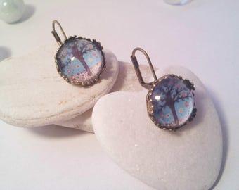 Blue tree cabochon earrings