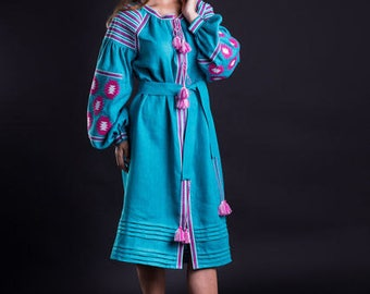 Vyshyvanka embroidered linen dress. Mexican style Midi dress with geometric pattern. Free shipping