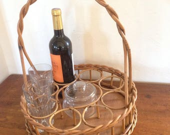 Round portable bar cart / 1970s Wicker bottle carrier / French basket