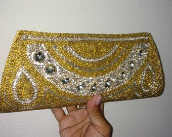 Gold clutch//embroidered clutch//beaded clutch//yellow gold clutch//gold and white clutch//elegant clutch//beaded clutch//gold purse//