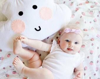 Cloud pillow, cloud plushy, cloud, baby girl pillow, nursery decor, smiley cloud, kawaii cloud, decorative pillow, baby cloud, crib pillow