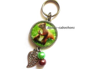 Keychain, cabochon squirrel, pearl brown green, cabochon, leaf of tree, jewelry bag