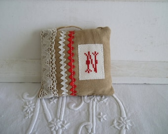 Pillow of door cross-stitched - panel door with Monogram - wall decorative pillow - cushion with hand embroidered initial